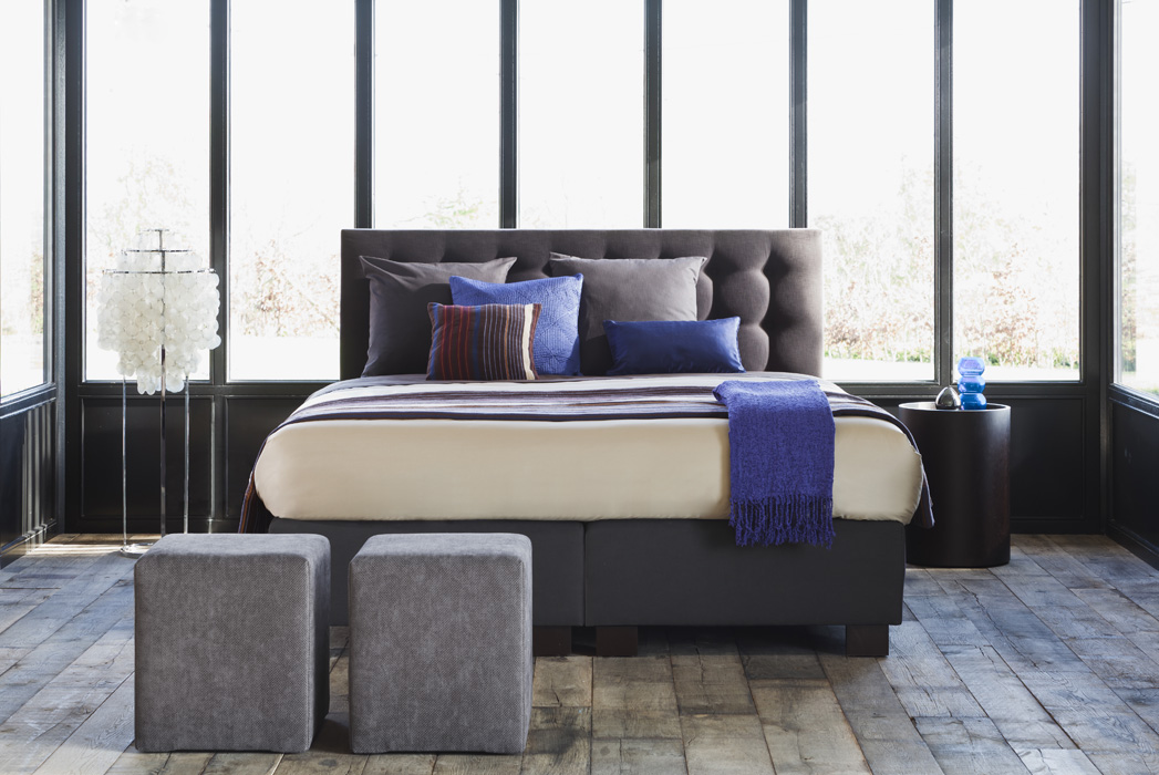 GoldenSleep_boxspring_135558S_1.jpg